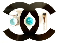 Carrieforshoes Puredeluxe Hautpflegeserie Hyaluron Glacier Mousse Mask